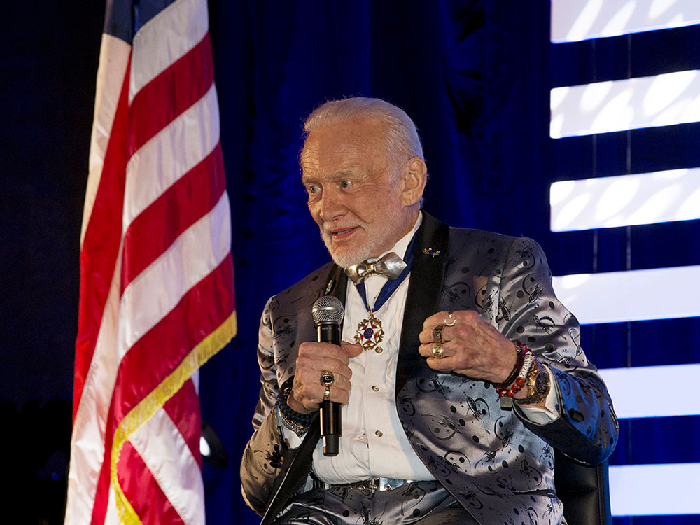 Buzz Aldrin talks Mars